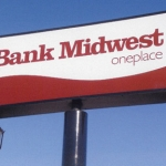 bank_midwest_-pole_sign